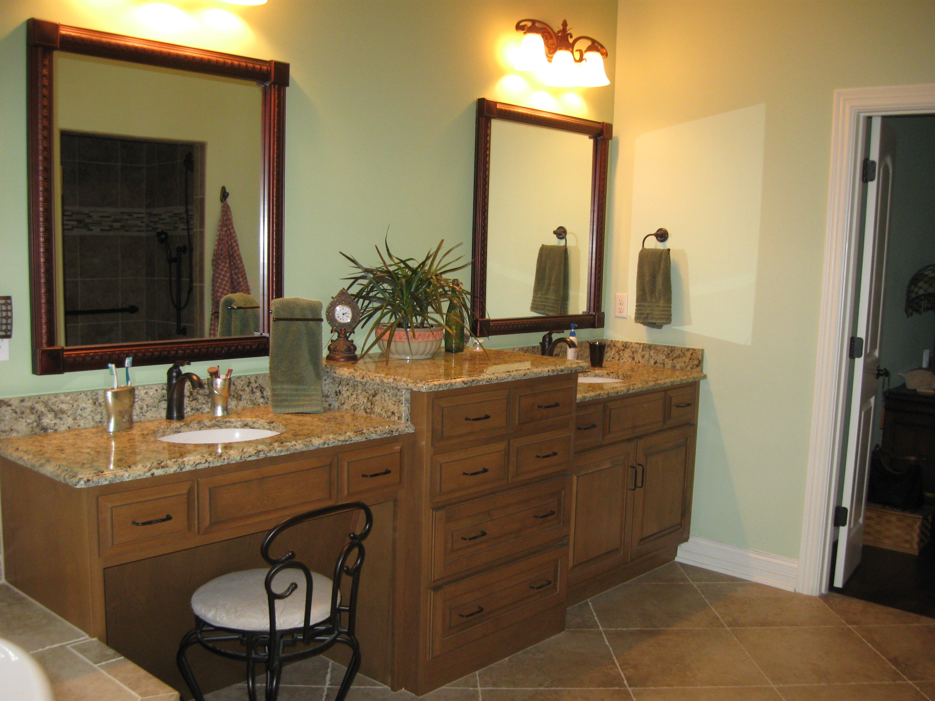 Custom Bathroom Cabinets Amp Vanities Gallery Classic Kitchens Of Campbellsville Custom
