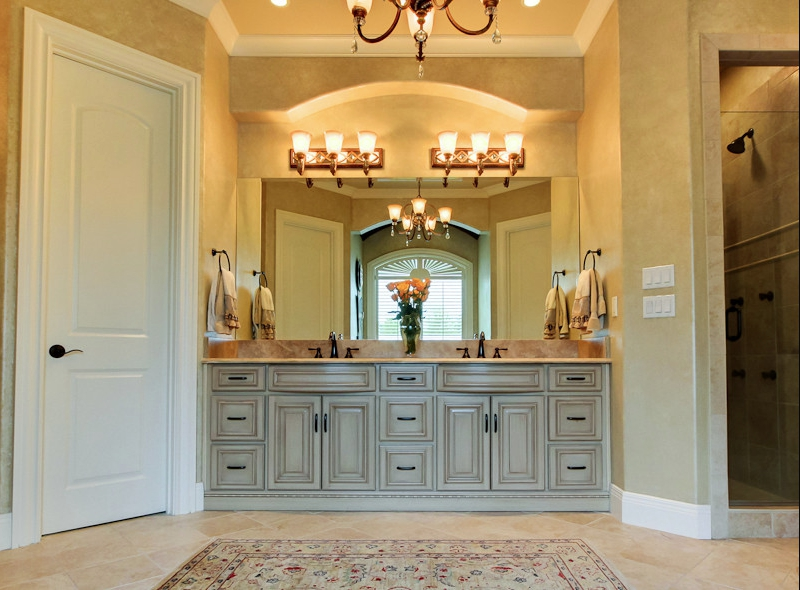 Custom bathroom cabinets vanities gallery classic - Pictures of vanities in bathrooms ...